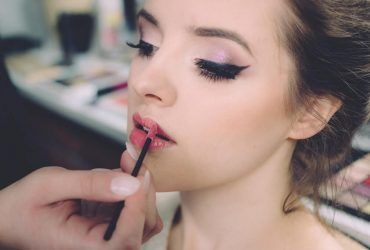 hydrate chapped lips